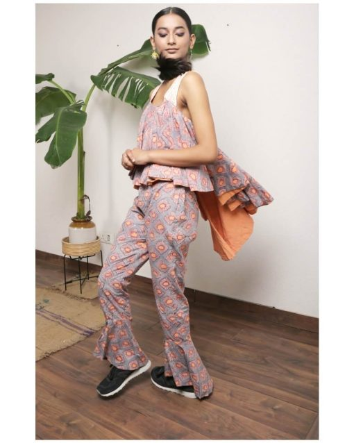 Kaala Teeka | Frilled High Low Style Pants with peach lining detail